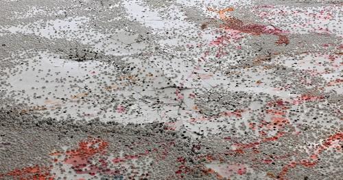 mit-angewinkelten-beinen-kunstmuseum-olten-201211