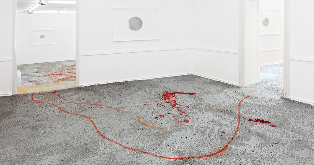 mit-angewinkelten-beinen-kunstmuseum-olten-201217