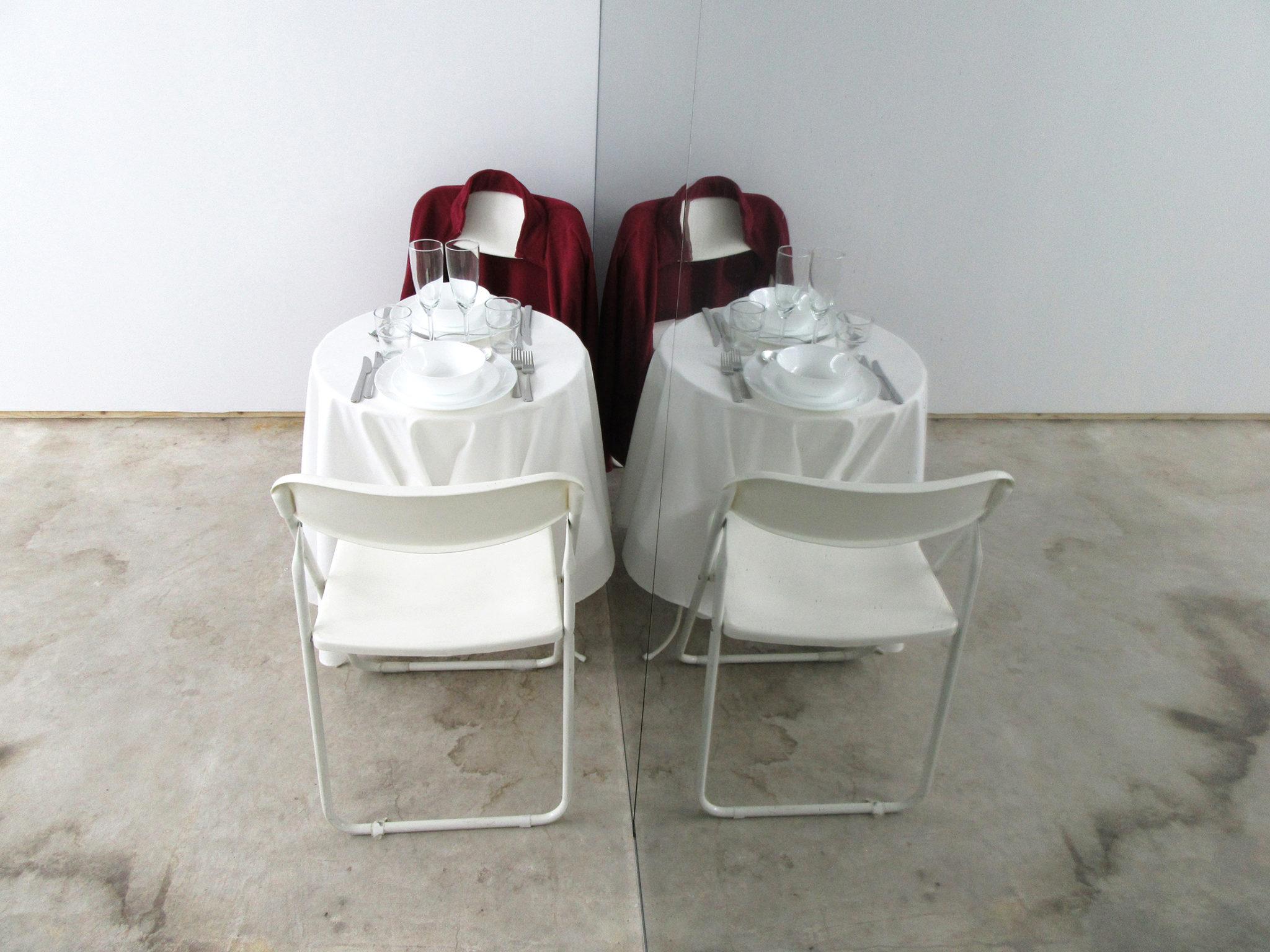 sannahelenaberger-theedgemustbescalloped-diorama-16